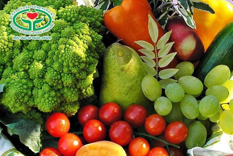 Bổ sung các thực phẩm giàu chất chống oxy hóa giúp ngăn ngừa và cải thiện tình trạng đục dịch kính